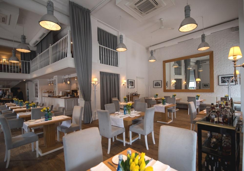 polecana restauracja Warszawa, dobra restauracja Warszawa centrum, restauracja Akademia, najlepsza restauracja Warszawa