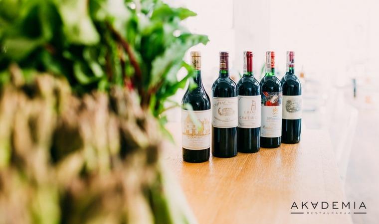 Pierwsze i drugie etykiety Wielkiej Piątki Bordeaux