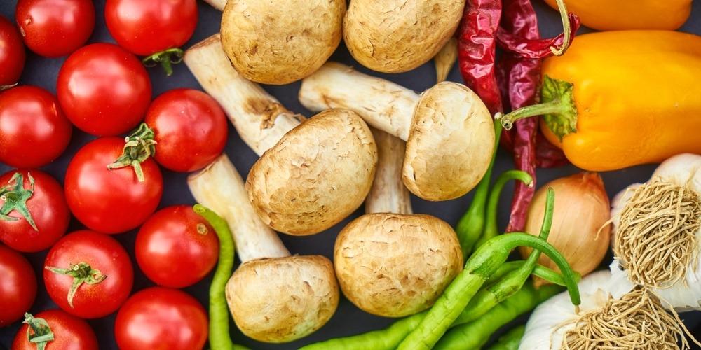 Dlaczego coraz częściej sięgamy po produkty organiczne - Akademia restauracja blog