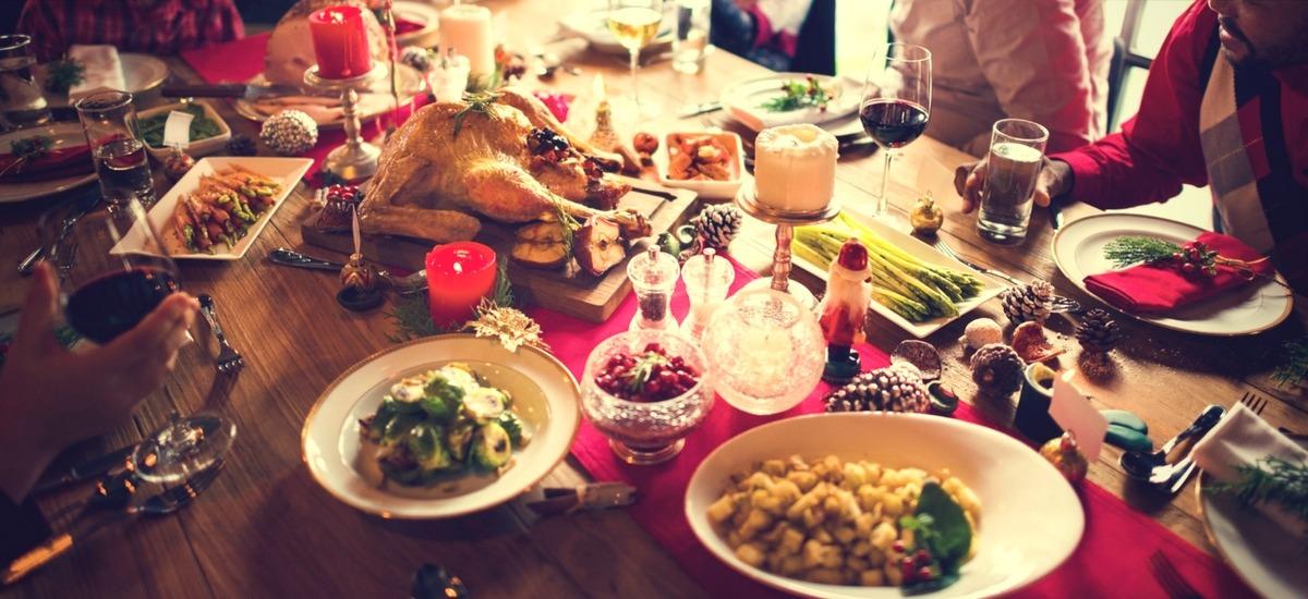 Potrawy i zwyczaje wigilijne w różnych regionach Polski - restauracja Akademia