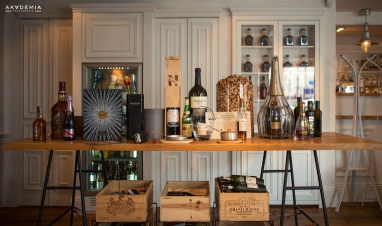 Jak zarabiać na whisky i winie?