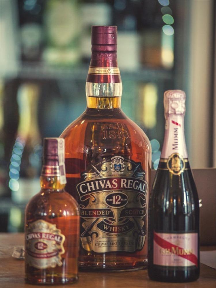 jak zarabiać na whisky i winie - Restauracja Akademia