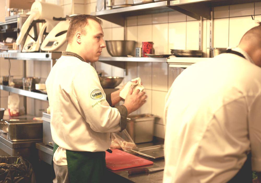 polecana restauracja w Warszawie, najlepsza restauracja w Warszawie; gdzie dobrze zjeść w Warszawie; polska restauracja w Warszawie - restauracja Akademia