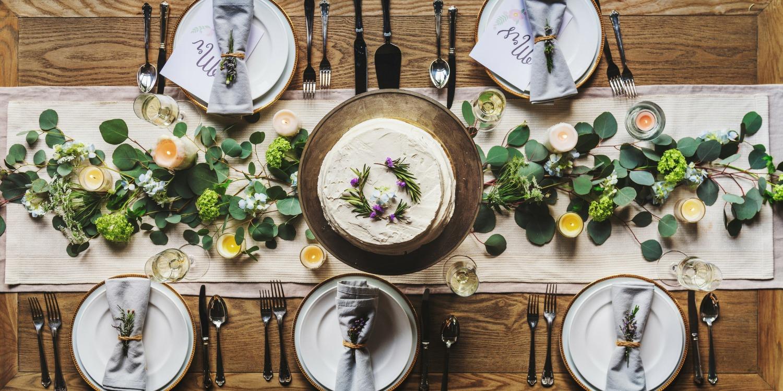 Przyjęcie rodzinne w domu - jak je zorganizować, Restauracja Akademia