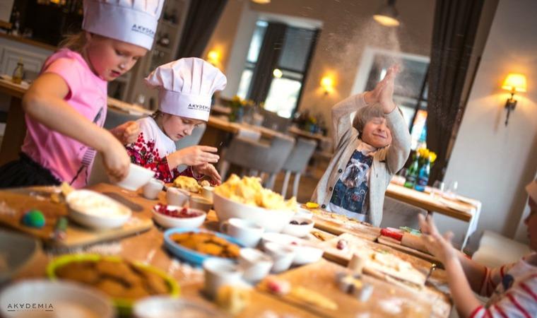 Restauracja przyjazna dzieciom – Akademia