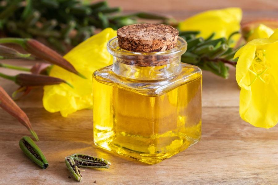 Olej w kuchni – jaki zastosować i do czego? Czym można go zastąpić?