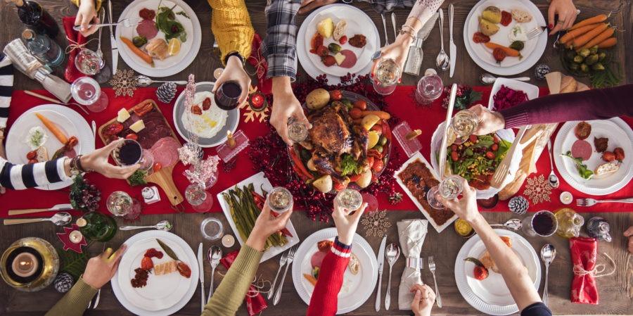 Jak przygotować idealne przyjęcie świąteczne w domu i nie zwariować?